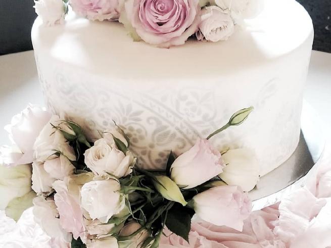Mehndi Wedding Cake